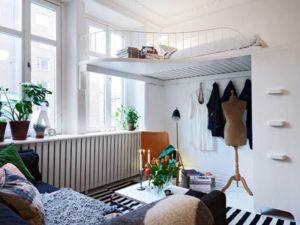 Loft en blanco y toques de color