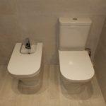 Reforma de baño en Barcelona con revestimientos de alta calidad