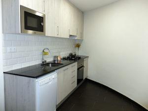 Reforma cocina con pared curva
