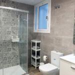Reforma integral piso alquiler - baño con ducha