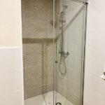 Reforma integral en Barcelona con baño con ducha